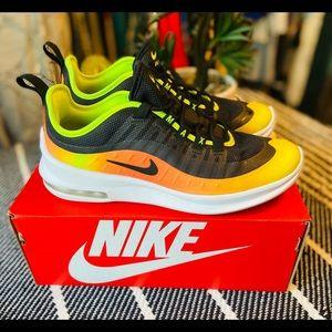Nike Air Max Axis RF